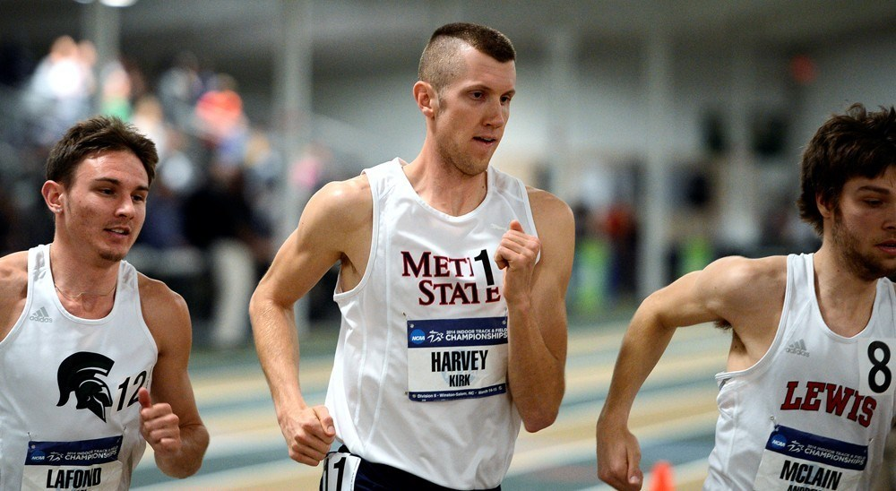 Indoor Track Harvey And Hemming Lead Six Named Academic All Rmac